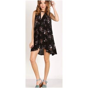 Snap Out Of It Sleeveless Tree Swing Top Black